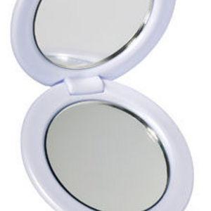 e.l.f. Travel Mirror #1701