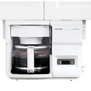 Black & Decker SpaceMaker 12-Cup Coffee Maker
