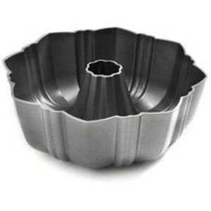 Wilton Perfect Performance Ultra Cast Fluted Tube Pan
