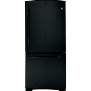 GE Bottom-Freezer Refrigerator GDSC0KCXWW
