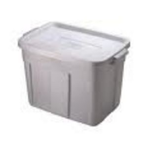 Rubbermaid Roughneck 18-Gallon Storage