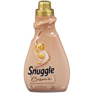 Snuggle Sweet Almond Essence Liquid Fabric Softener