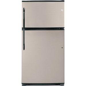 GE Top-Freezer Refrigerator