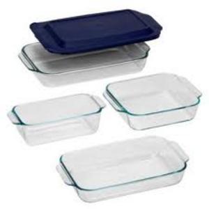Pyrex Glass Baking Dishes (Various sizes)