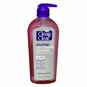 Clean & Clear Advantage 3-in-1 Foaming Acne Wash