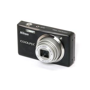 Nikon - Coolpix S560 Digital Camera
